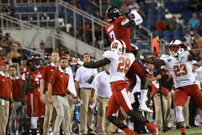 Football Makes Its First Trip to Indiana - Florida Atlantic